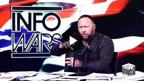 Alex Jones Declares Bizarre, Pointless 'War' on Joe Rogan